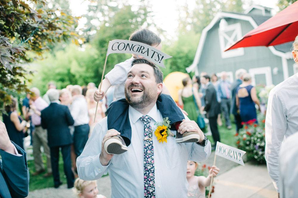backyard-vancouver-washington-wedding-061.jpg