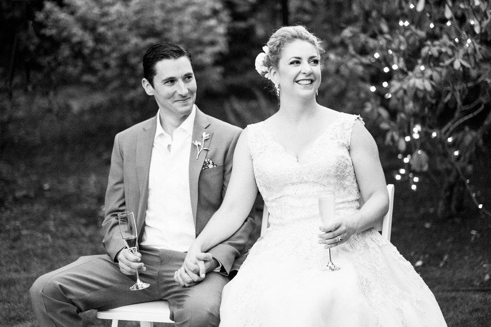backyard-vancouver-washington-wedding-064.jpg