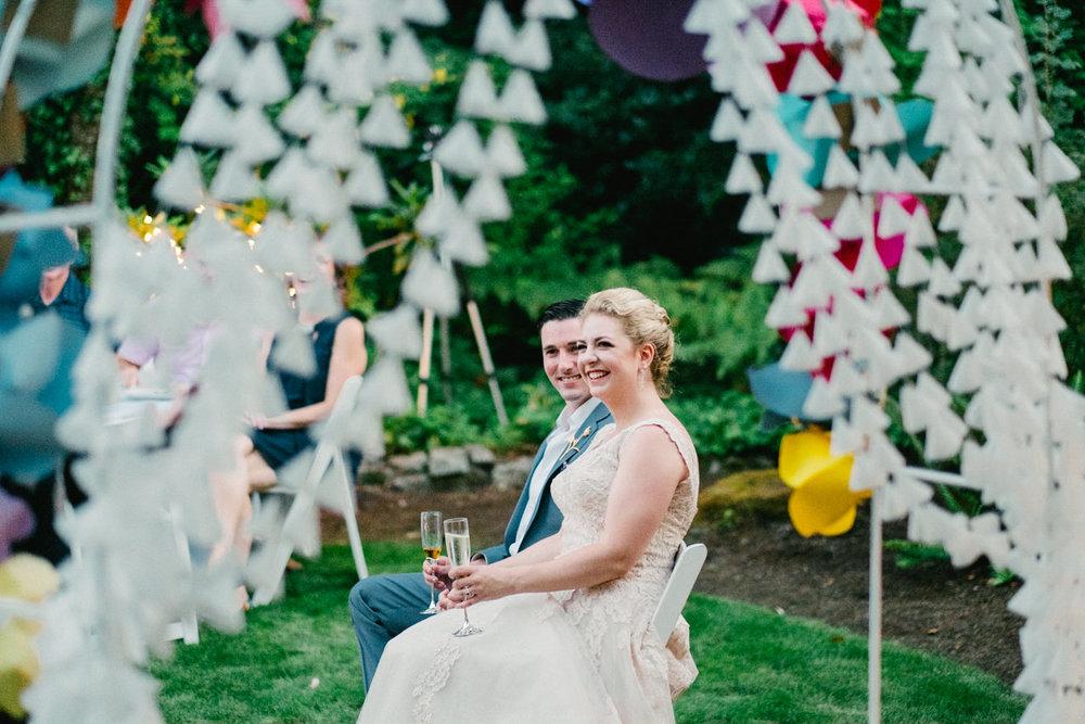 backyard-vancouver-washington-wedding-067.jpg