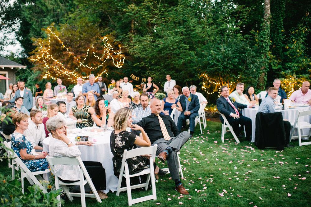 backyard-vancouver-washington-wedding-068.jpg