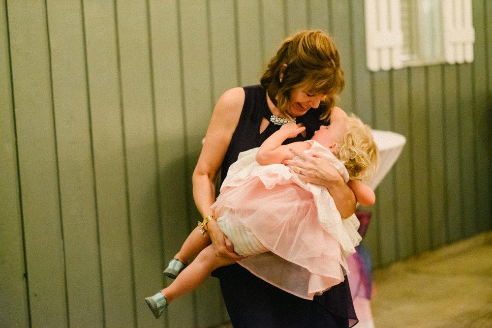 backyard-vancouver-washington-wedding-086.jpg