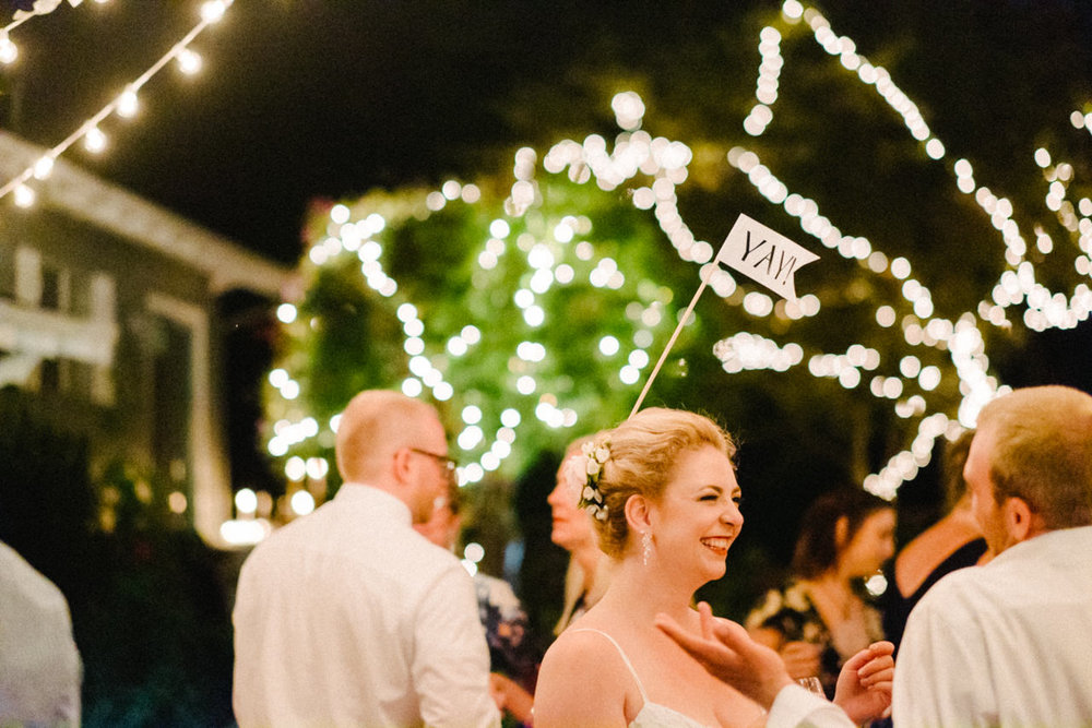 backyard-vancouver-washington-wedding-102.jpg