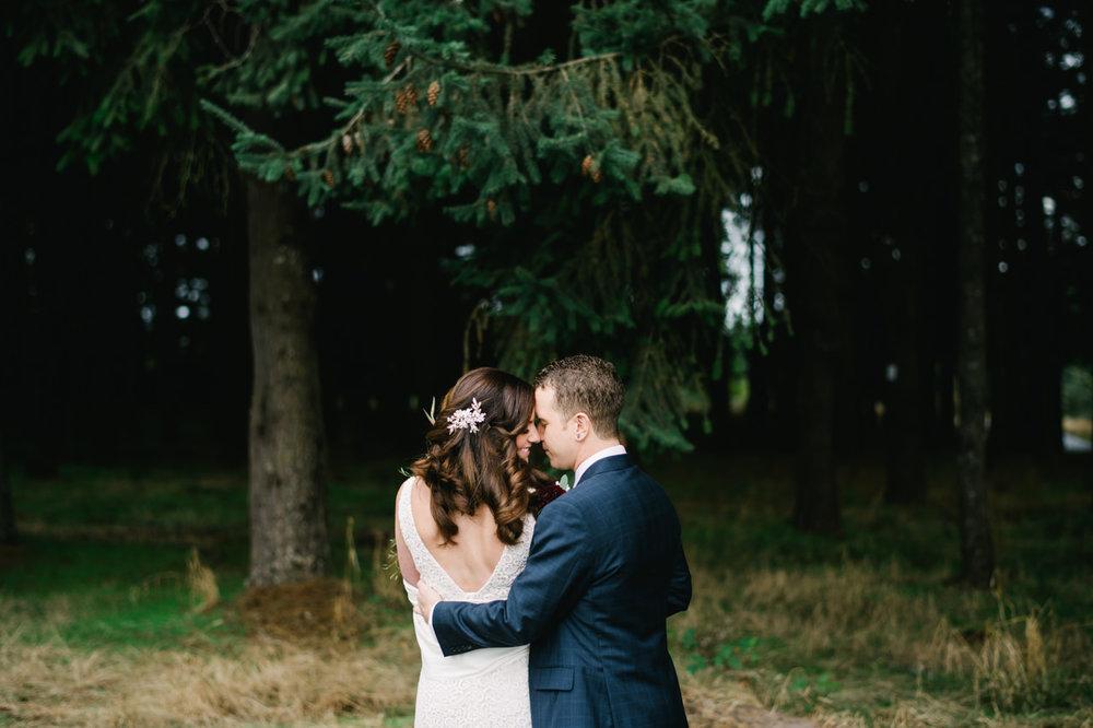 oregon-garden-resort-wedding-023.jpg