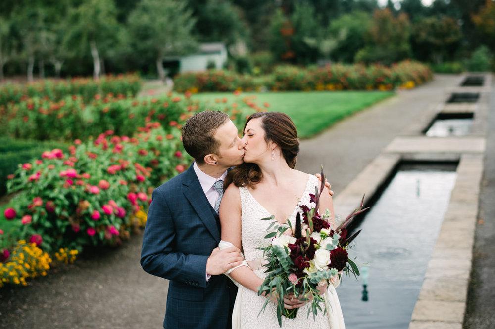oregon-garden-resort-wedding-029.jpg