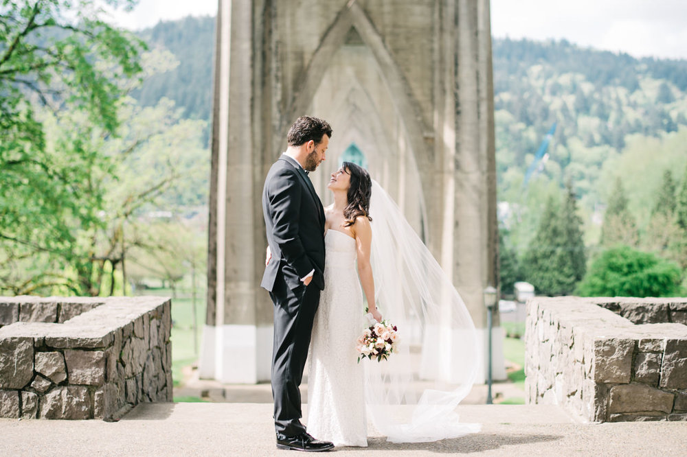 cathedral-park-elopement-oregon-011.jpg