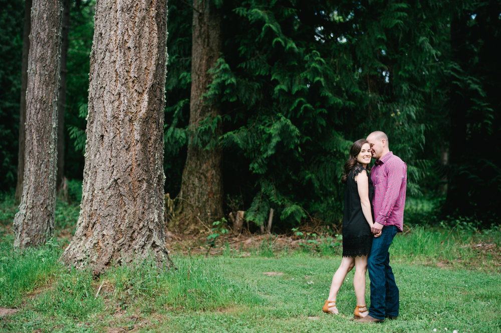 portland-farm-engagement-photos-014.jpg
