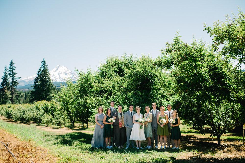 mt-view-orchards-oregon-wedding-039.jpg