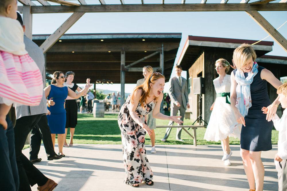 mt-view-orchards-oregon-wedding-102.jpg