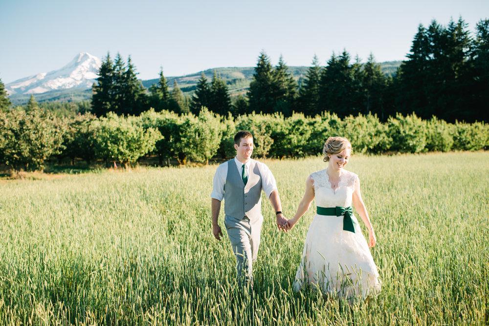 mt-view-orchards-oregon-wedding-107.jpg