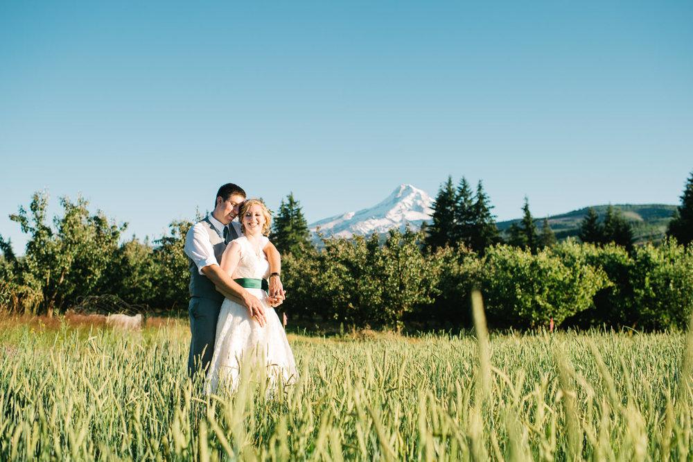 mt-view-orchards-oregon-wedding-112.jpg