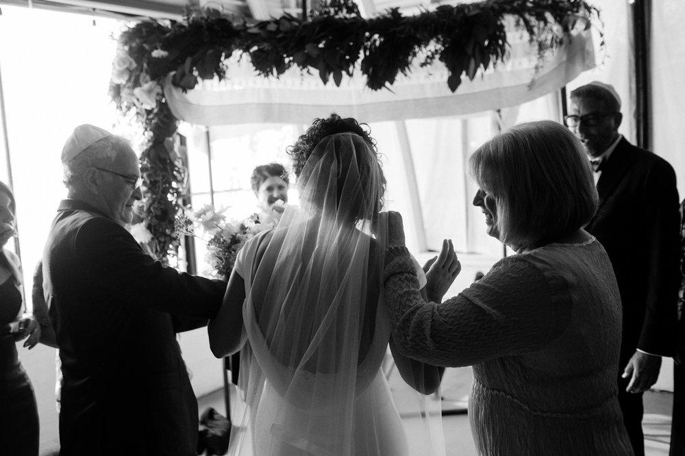 coopers-hall-portland-oregon-wedding-060.jpg