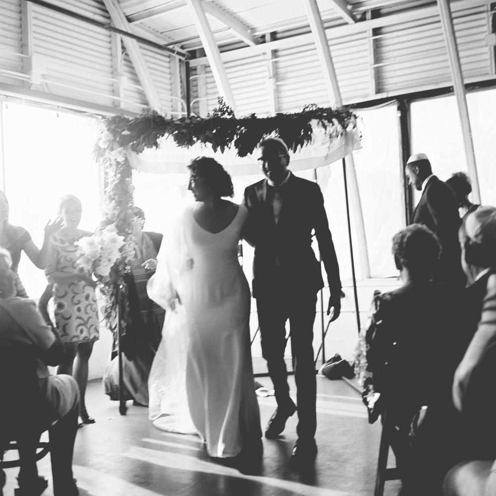 coopers-hall-portland-oregon-wedding-077b.jpg
