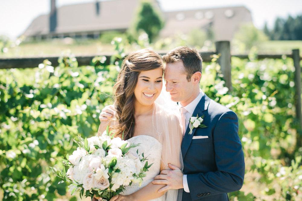 zenith-vineyards-salem-oregon-wedding-034.jpg
