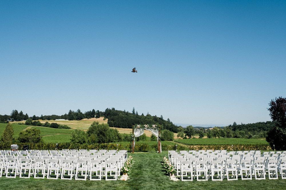 zenith-vineyards-salem-oregon-wedding-045a.jpg