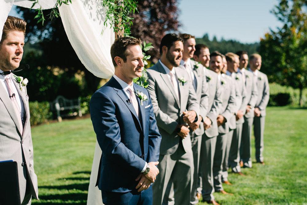 zenith-vineyards-salem-oregon-wedding-047.jpg