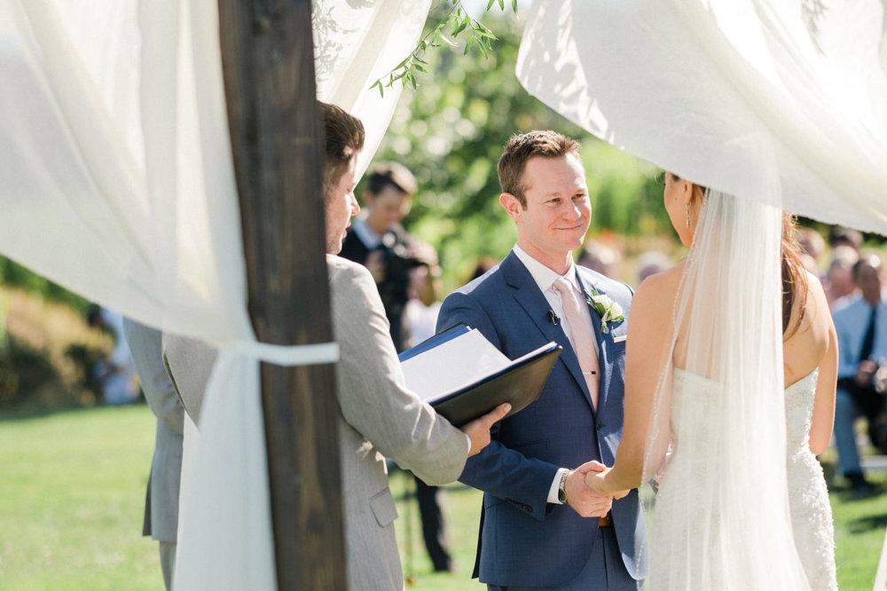 zenith-vineyards-salem-oregon-wedding-053.jpg