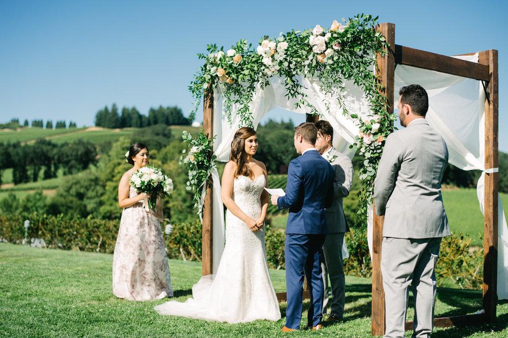 zenith-vineyards-salem-oregon-wedding-057.jpg