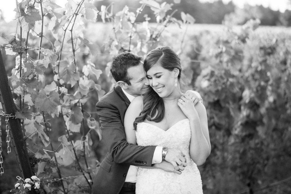 zenith-vineyards-salem-oregon-wedding-085.jpg