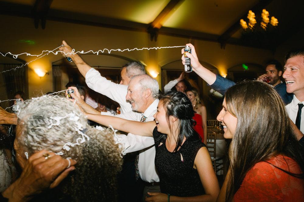 zenith-vineyards-salem-oregon-wedding-118a.jpg