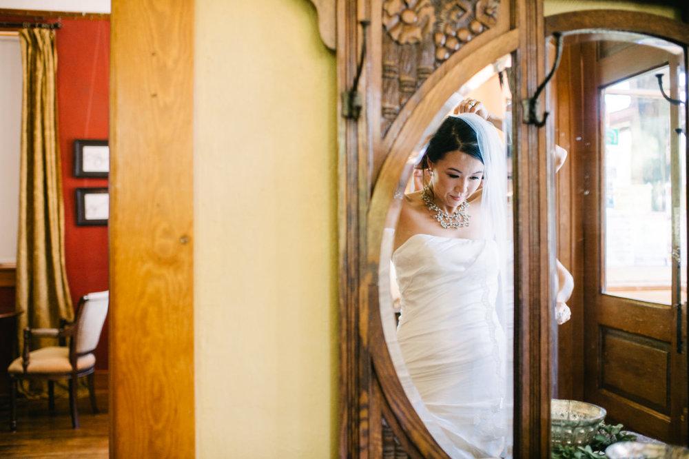 balch-hotel-dufur-oregon-wedding-032.jpg