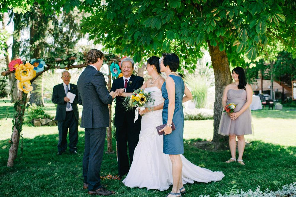 balch-hotel-dufur-oregon-wedding-035.jpg