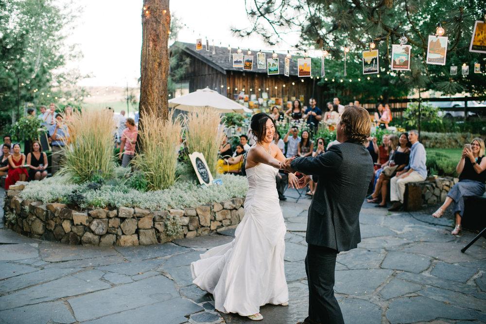 balch-hotel-dufur-oregon-wedding-089.jpg