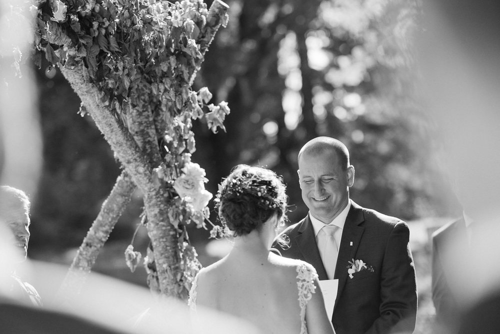 portland-farm-backyard-wedding-059.jpg