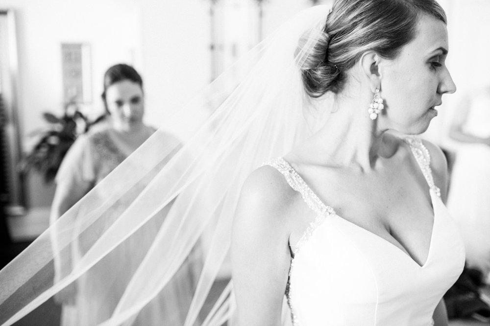 portland-elysian-ballroom-oregon-wedding-006.jpg