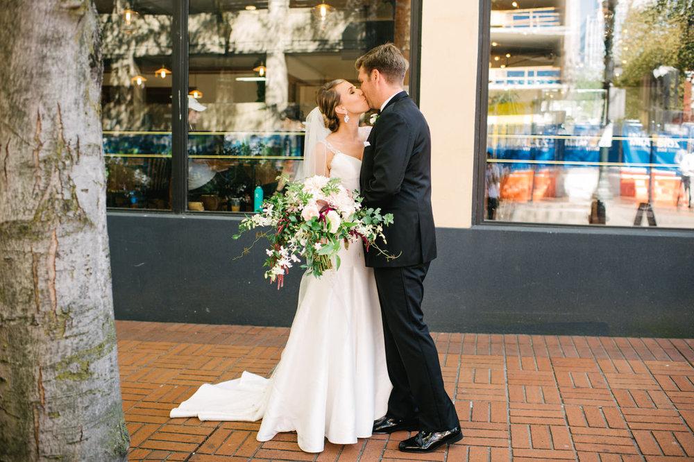 portland-elysian-ballroom-oregon-wedding-040.jpg