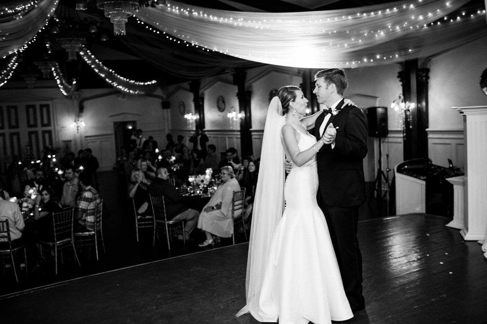 portland-elysian-ballroom-oregon-wedding-081.jpg