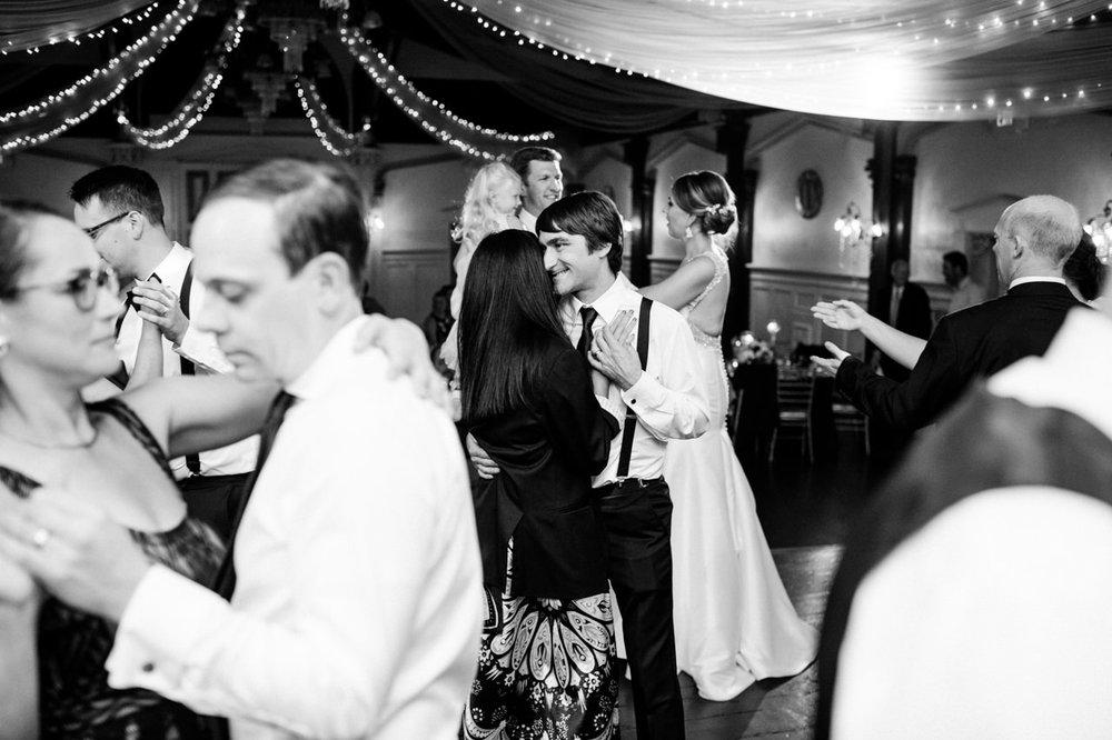 portland-elysian-ballroom-oregon-wedding-098.jpg