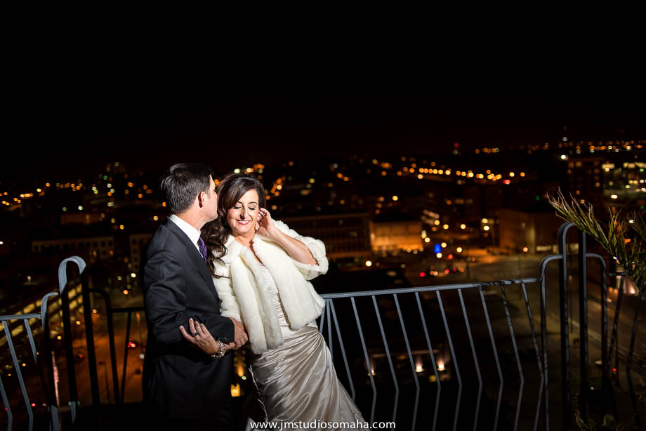 OMAHA WEDDING PHOTOGRAPHERS_HALLOWEEN WEDDING-0032.jpg