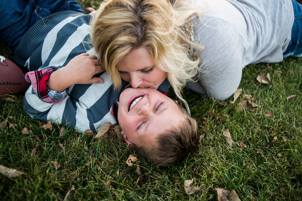 council bluffs family photographers_candid.jpg