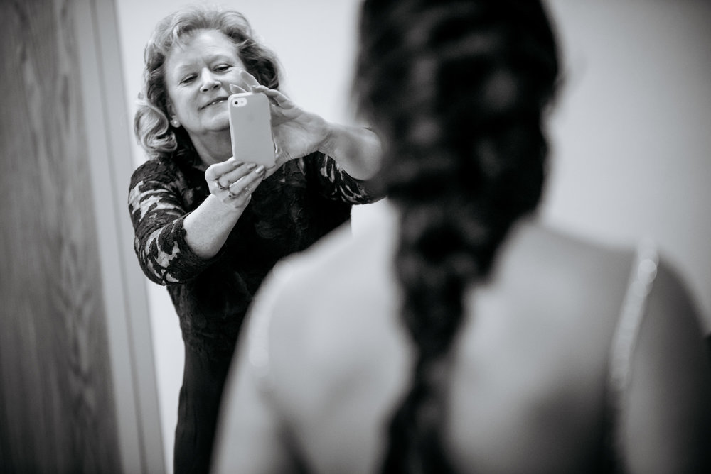 OMAHA WEDDING PHOTOGRAPHERS_JM STUDIOS_DURHAM MUSEUM WEDDING0003.JPG
