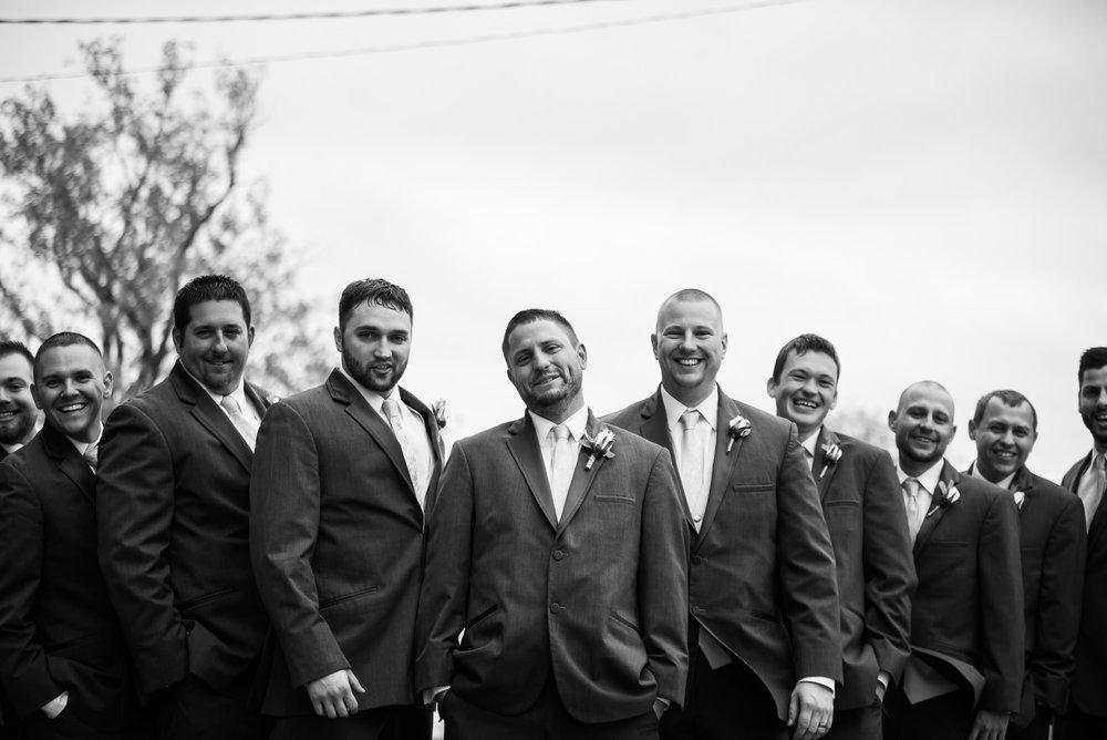 WEDDING-PHOTOGRAPHERS-IN-OMAHA-0019.jpg