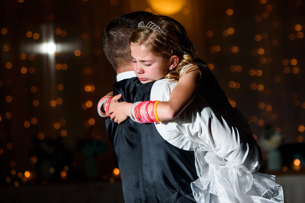 WEDDING-PHOTOGRAPHERS-IN-OMAHA-0029.jpg