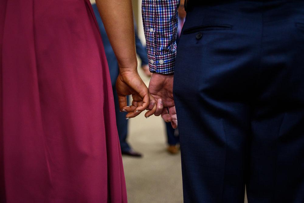 SIOUX-CITY-WEDDING-PHOTOGRAPHER-0011.jpg