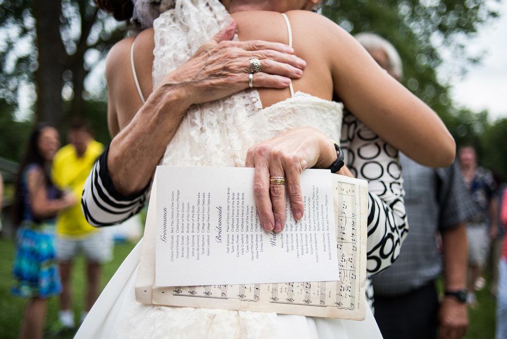 wedding photographer in iowa.jpg