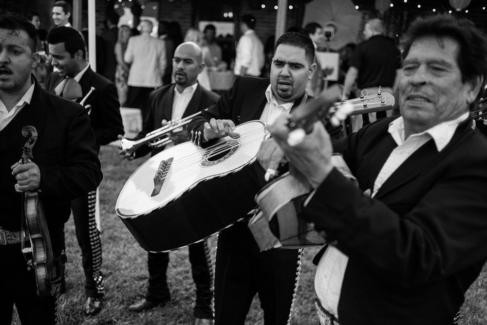 MARIACHI BAND IN OMAHA WEDDING.jpg