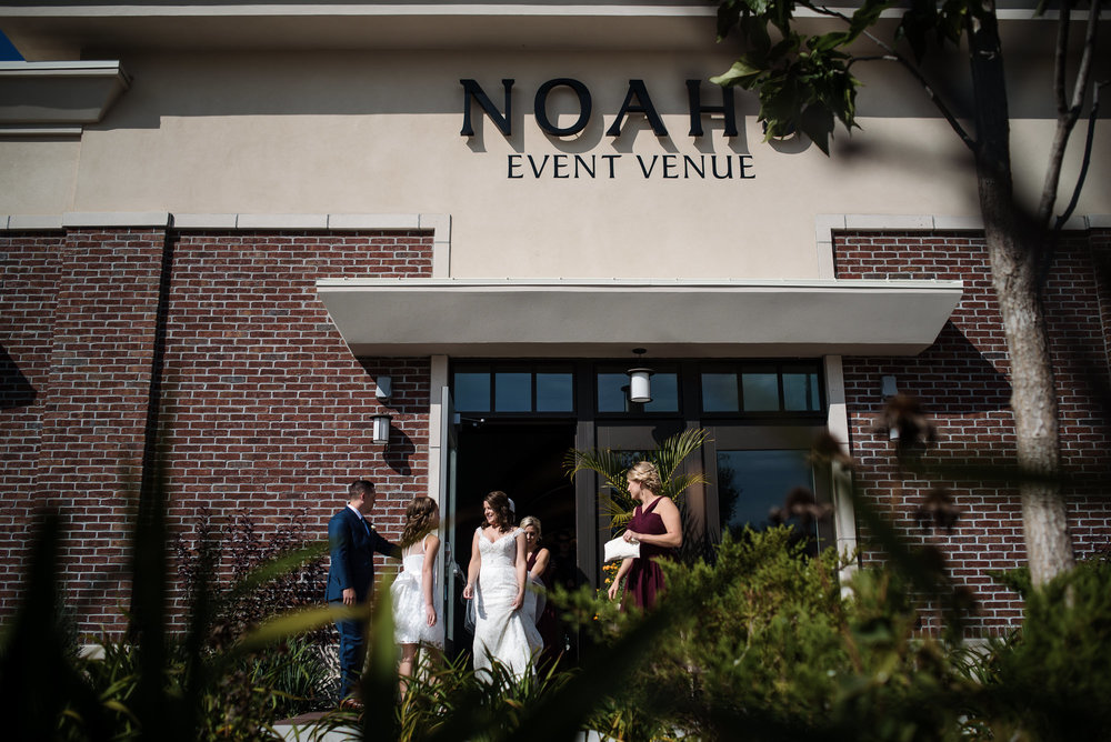KEVIN-STACY-NOAHS-EVENT-VENUE-OMAHA-WEDDING-PHOTOGRAPHER-012.jpg