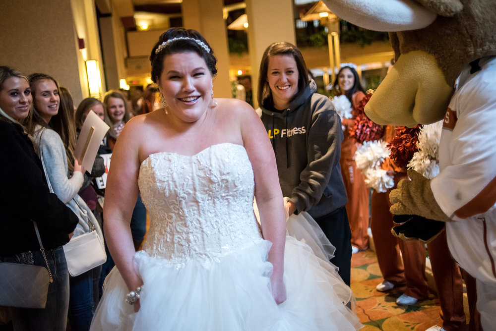 embassy-suites-downtown-omaha-wedding-photographer-texas.jpg