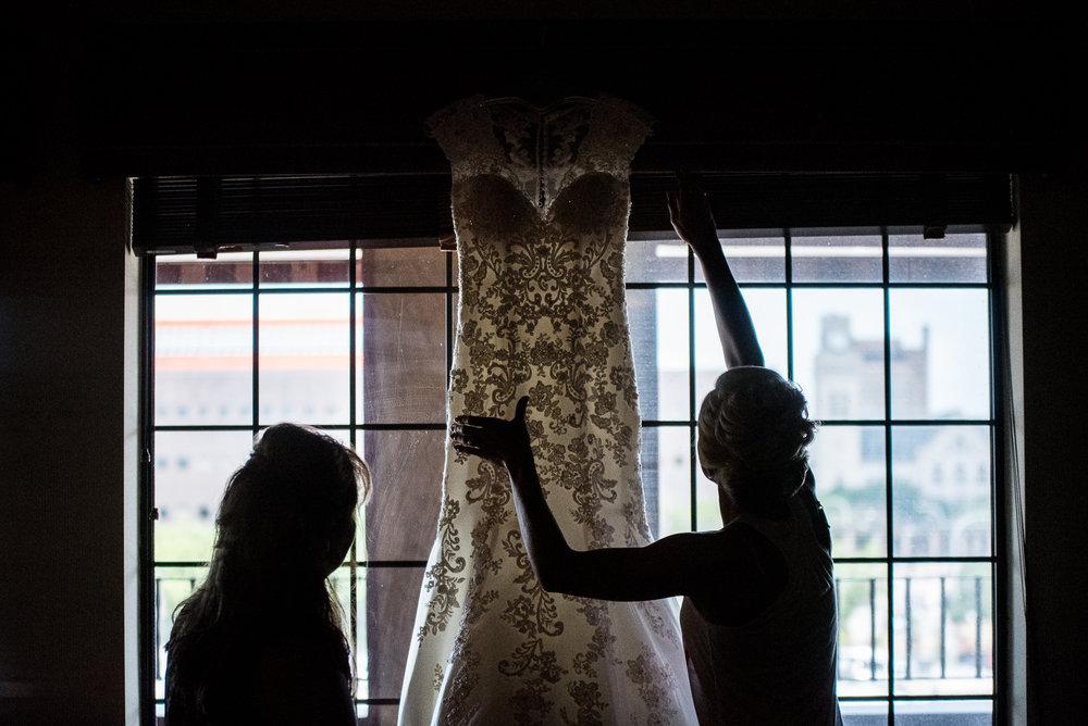 DAKOTA-DUNES-WEDDING-SOUTH-DAKOTA-WEDDING-PHOTOGRAPHER-0001.jpg