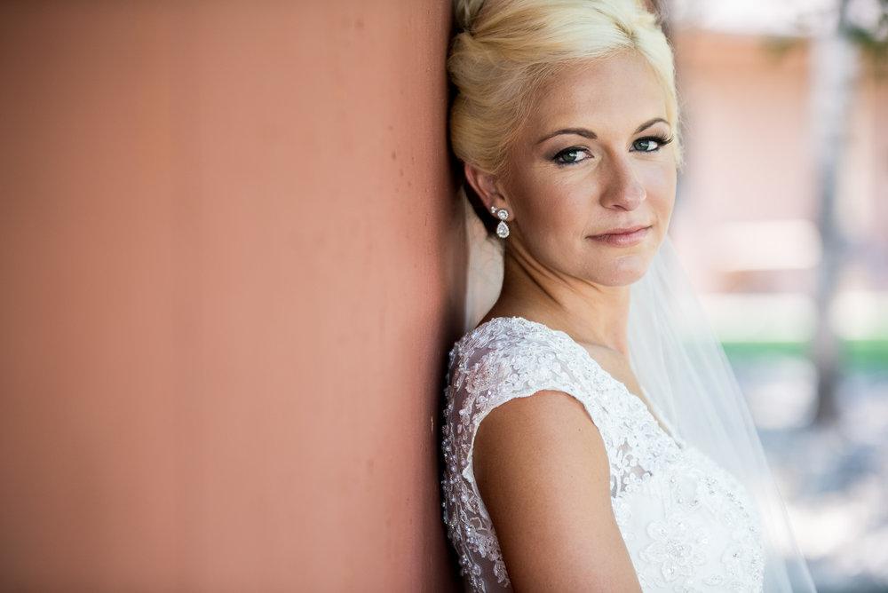 DAKOTA-DUNES-WEDDING-SOUTH-DAKOTA-WEDDING-PHOTOGRAPHER-0010.jpg