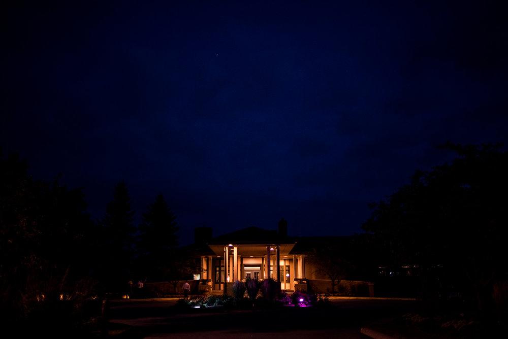 DAKOTA-DUNES-WEDDING-SOUTH-DAKOTA-WEDDING-PHOTOGRAPHER-0028.jpg