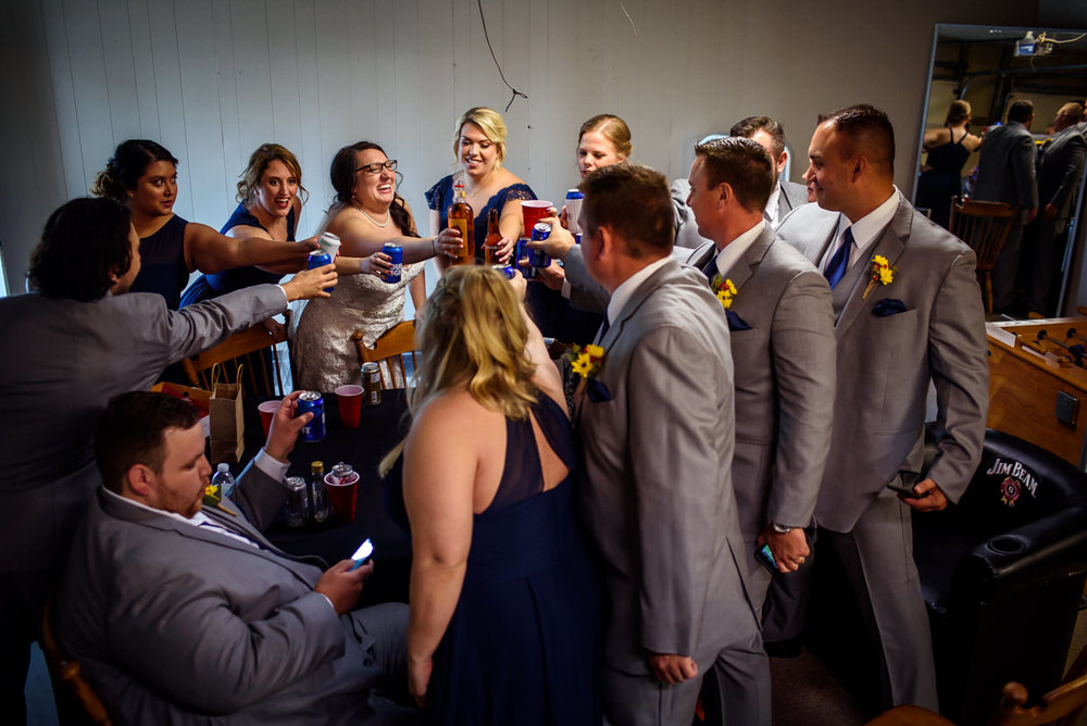 derek-sara-the-omaha-barn-ackerhurst-dairy-farm-0028-omaha-wedding-photographer-jm-studios.JPG