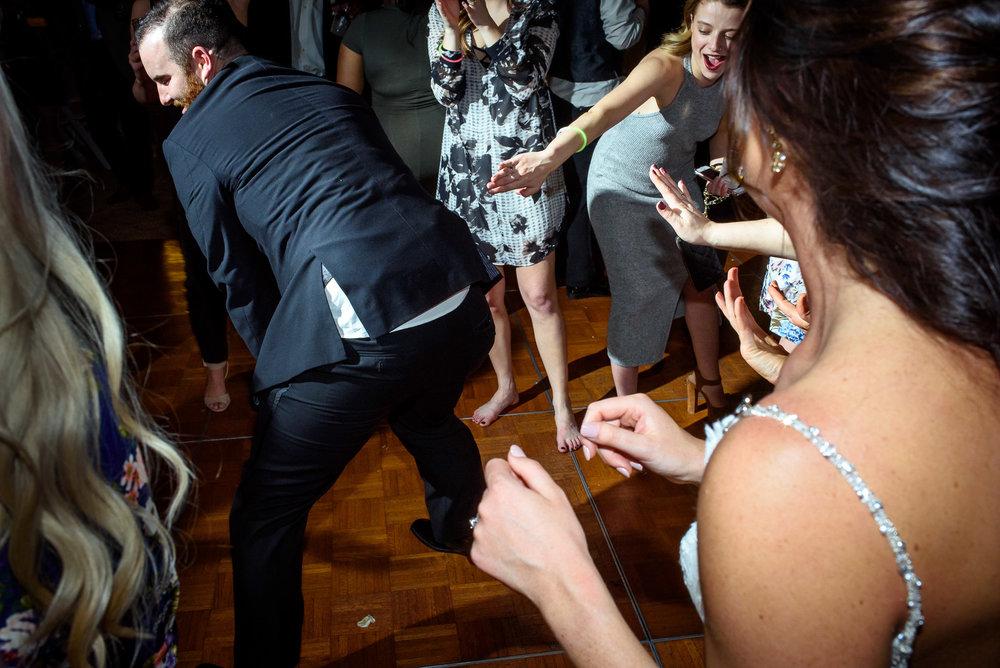 BEST-WEDDING-PHOTORAPHERS-IN-OMAHA-2017-JM-STUDIOS-0001.jpg