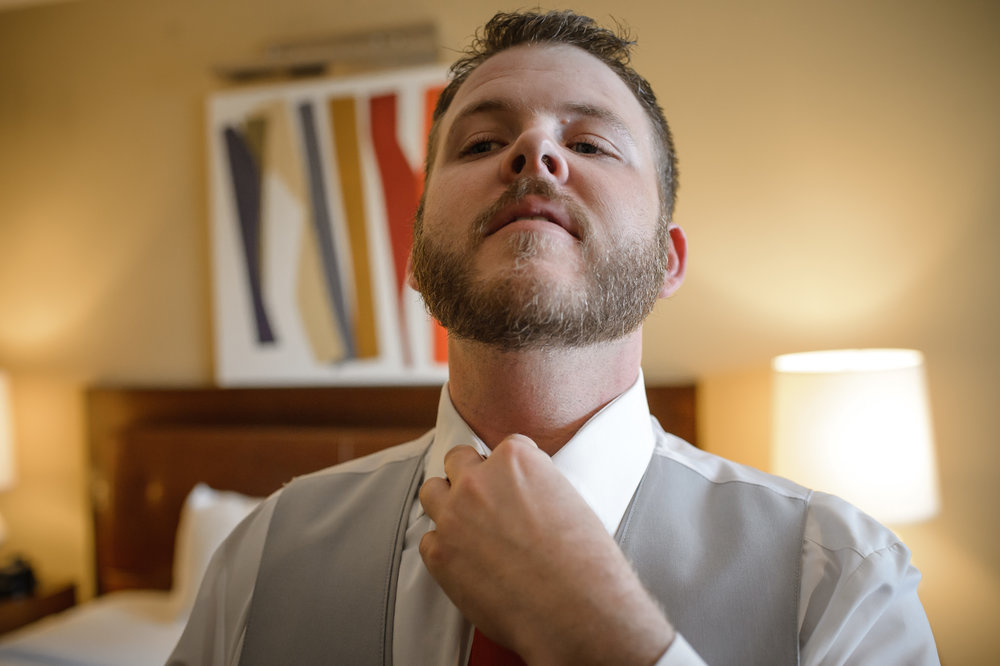 HILTON-OMAHA-WEDDING-PHOTOGRAPHER-JM-STUDIOS-OMAHA-LIV-BRICE-002.jpg