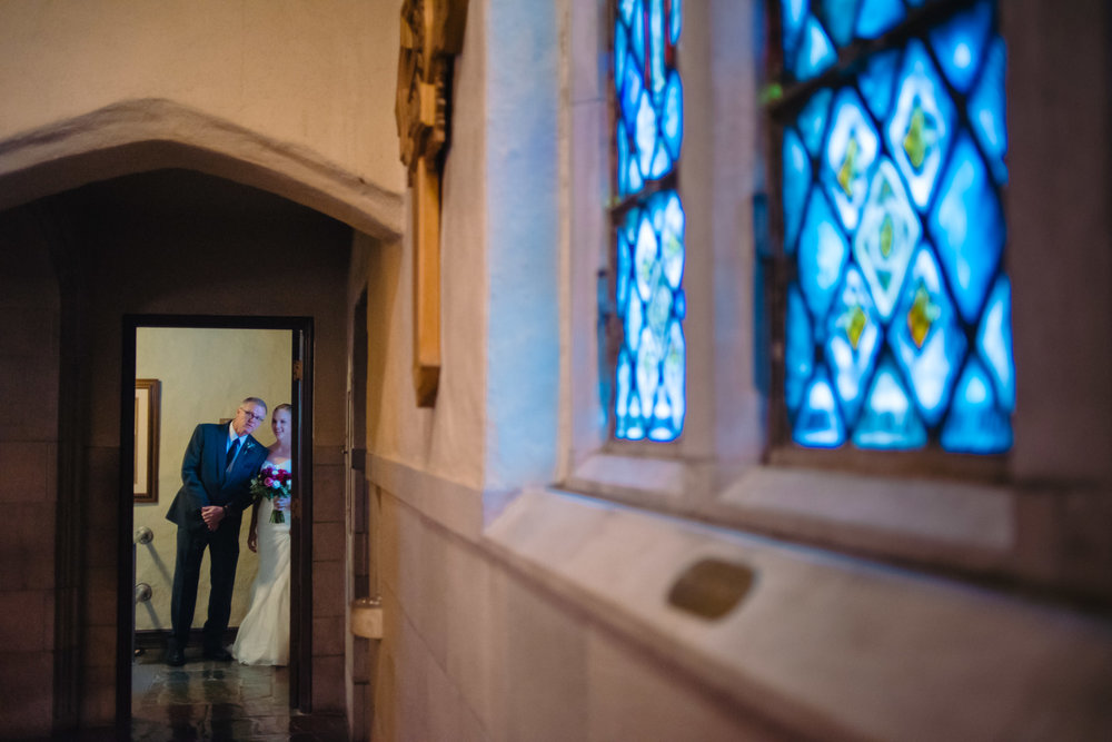 OMAHA-MARRIOTT-WEDDING-DOWNTOWN-MARRIOTT-OMAHA-WEDDING-PHOTOGRAPHER-JM-STUDIOS-013.jpg