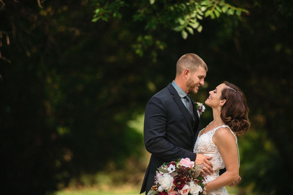 yankton-wedding-photographer-jm-studios.jpg