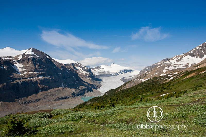 3-saskatchewan-glacier1.jpg